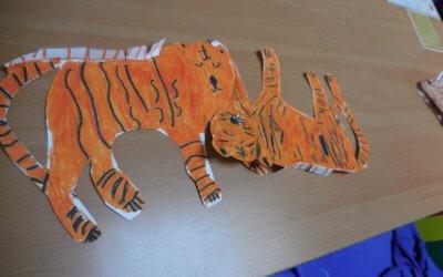 TheDogがイギリスの小学校を訪問。